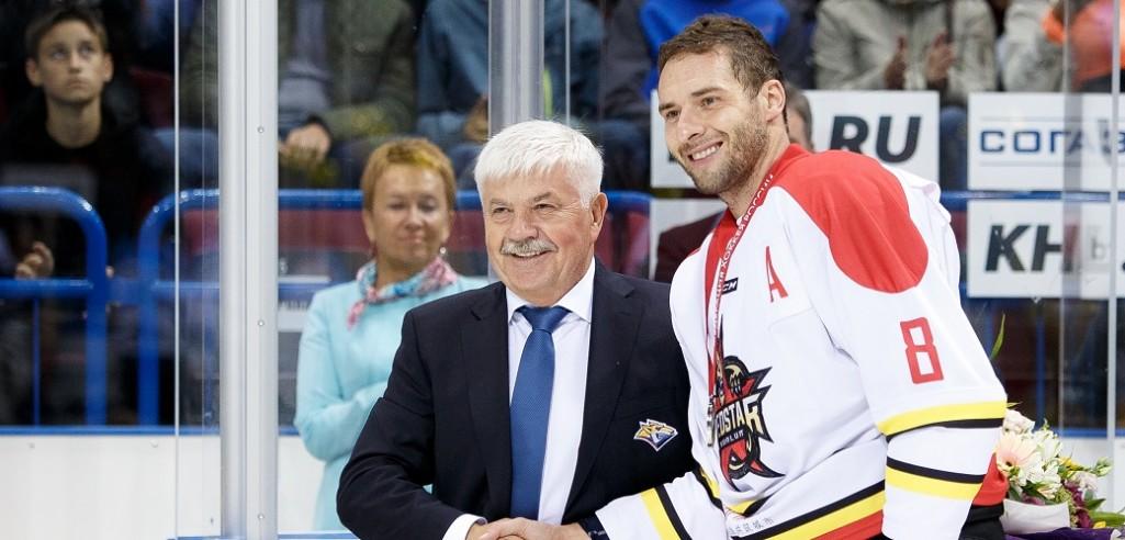 KHL: Wolski Back At Magnitka. December 12-14, 2017 Transfer Highlights