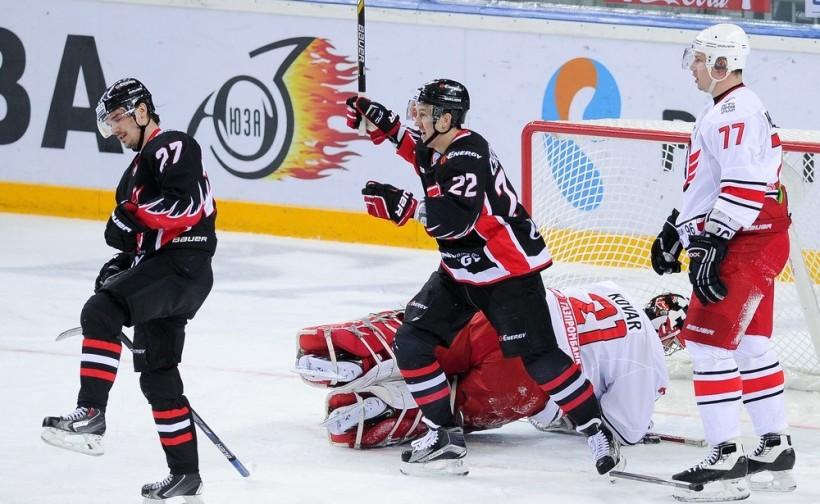 KHL: Avangard Blanks Avto