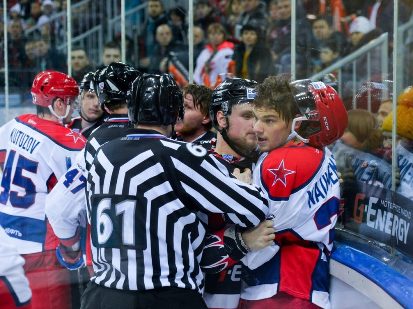 KHL: Scrooge-like CSKA Shuts Out Avangard. December 27 Round-up