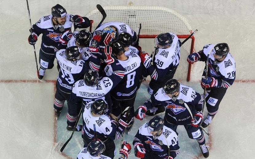 KHL: Filippi Breaks Deadlock, Magnitka Ties The Series