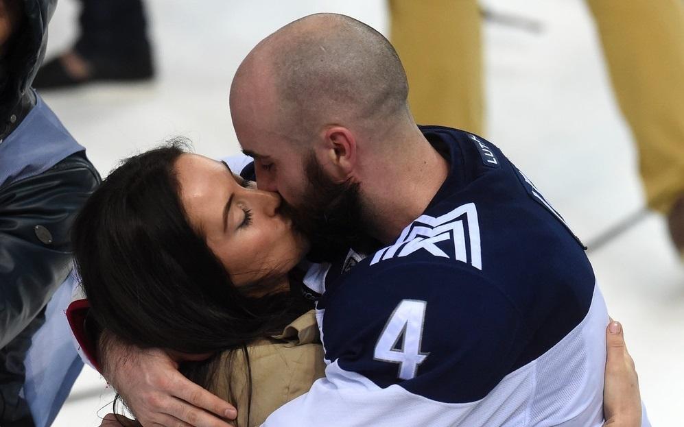 KHL: Georgian Bay, Ontario's Chris Lee Leads Magnitka To Glory