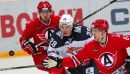 KHL: Avto Draws Level