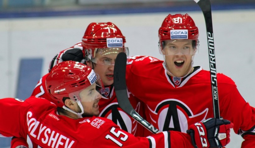 KHL: Avto Back In Top-8. January 18 Round-up