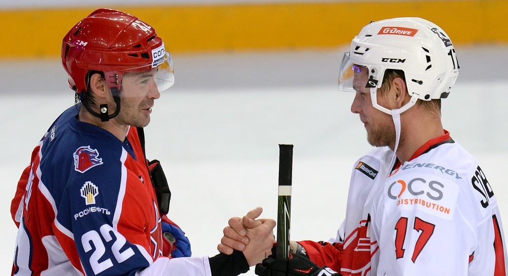 KHL: Overtime Goal Sinks CSKA. October 9, 2016 Round-up