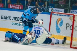 KHL: Sibir Overpowers Admiral