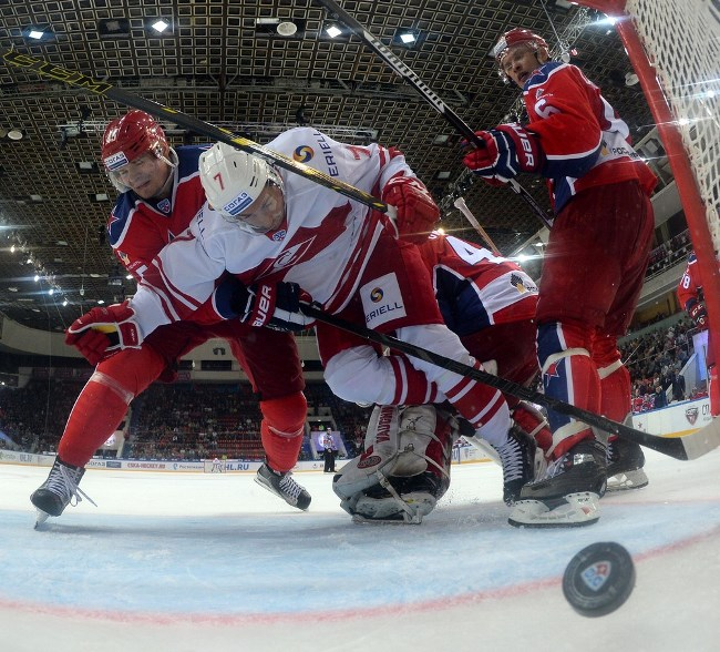 KHL: Spartak Moscow's Casey Wellman. Now, An International